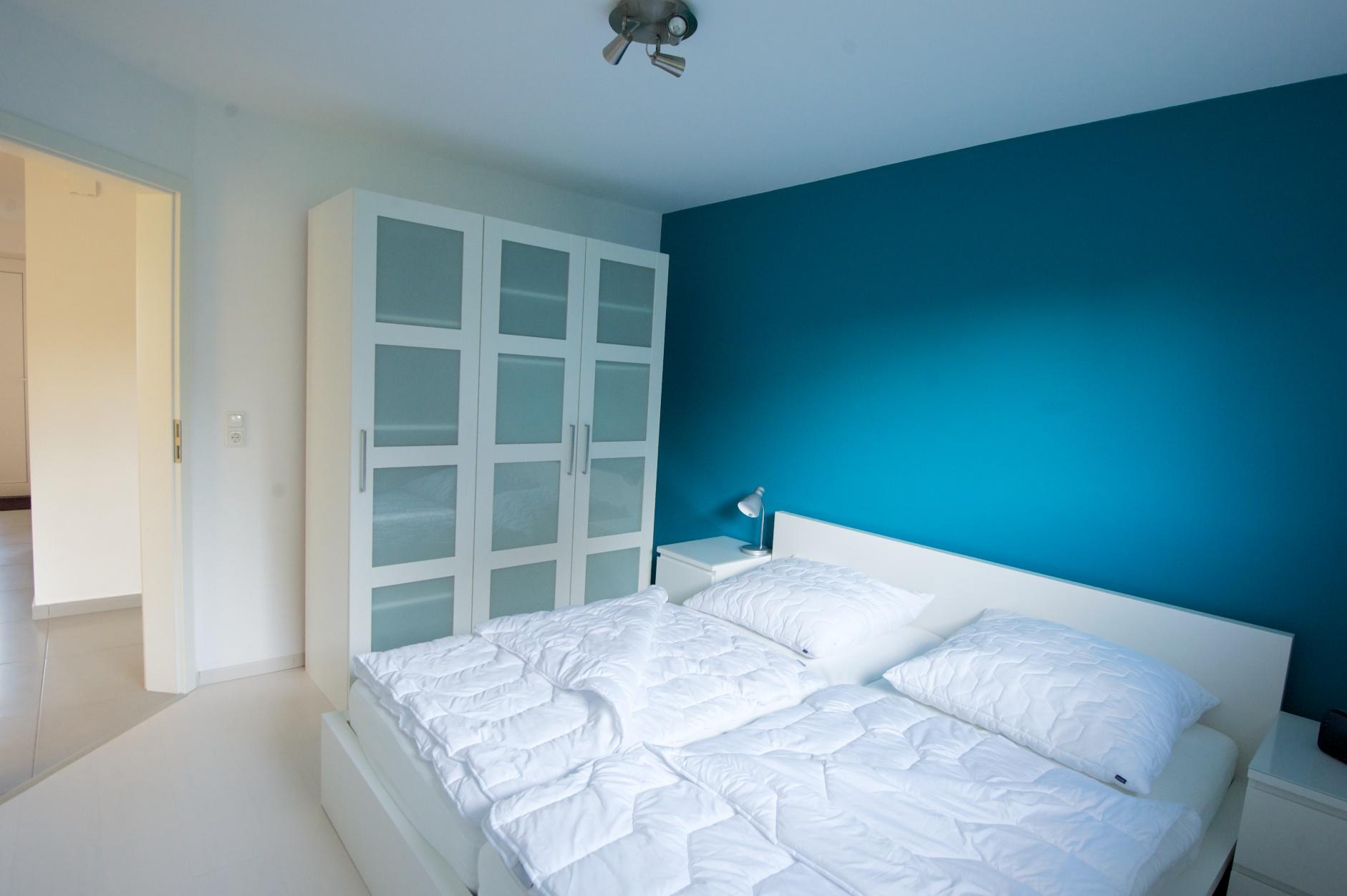 Neuer anstrich schlafzimmer beste ideen f r moderne for Schlafzimmer petrol
